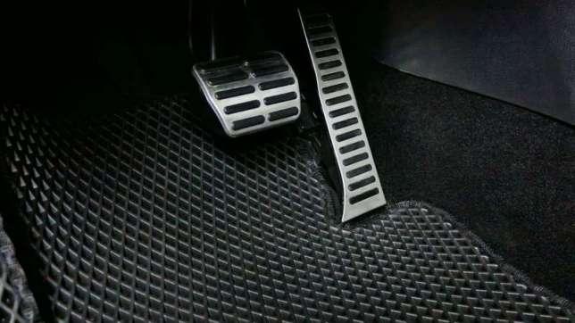 automobiliniai-kilimėliai-2